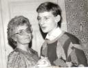 Andrè und Tante Gerda bei Lianes Jugendweihe